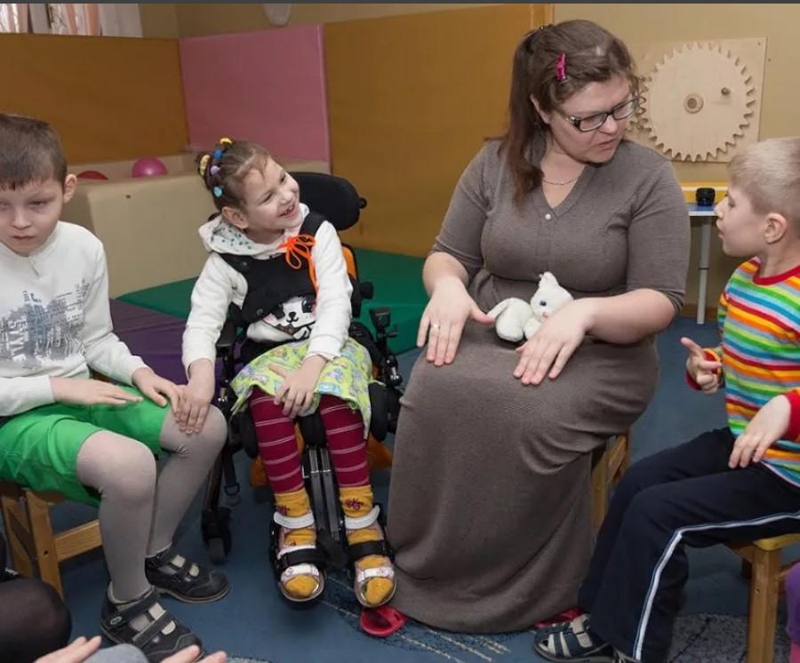 Каждому ребенку с фенилкетонурией сразу будут устанавливать инвалидность до совершеннолетия