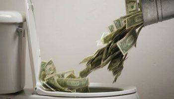 Потеря денег: серьёзная угроза банковским вкладам россиян. Пора спасать?
