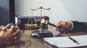 Суды начали защищать граждан, от имени которых мошенники берут кредиты