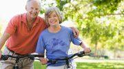 Доплаты работающим пенсионерам: что им положено