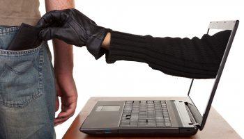 Принят закон, который поможет гражданам бороться с мошенничеством в сети