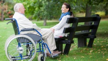 Когда назначают пенсию по уходу за инвалидом