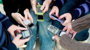 Старые добрые кнопки вместо сенсорных дисплеев. Кнопочные телефоны возвращаются