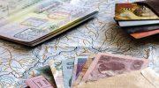 Эксперты рассказали, какие трудности могут ждать владельцев банковских карт за границей