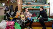 В правительстве призвали помогать нуждающимся семьям